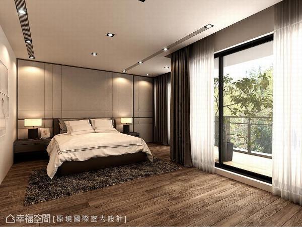采大地色系家俬妆点睡眠空间,奶茶色主墙拉以线条铺饰立面,共筑柔和优雅气氲。