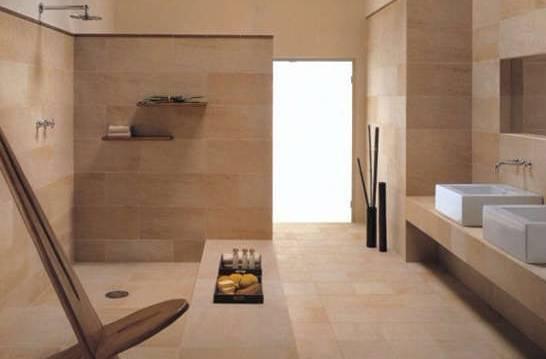 金刚砂瓷砖是陶砖加入天然矽砂烧制而成,矽砂层的存在使其拥有极好的吸水和防滑功能,厨卫、阳台都适合使用。有老人或小孩的家庭建议考虑。