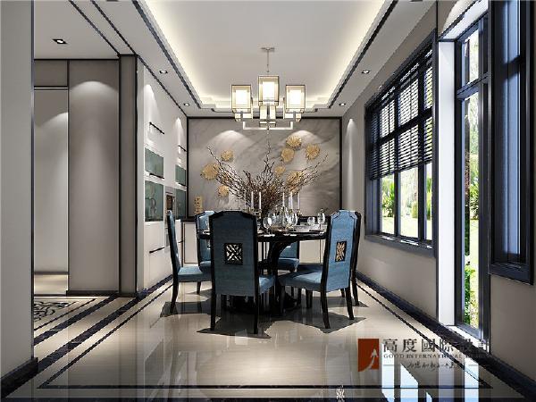 """餐厅空间装饰多采用简洁硬朗的直线条。直线装饰在空间中的使用,不仅反映出现代人追求简单生活的居住要求,更迎合了中式家具追求内敛、质朴的设计风格,使""""新中式""""更加实用、更富现代感。"""