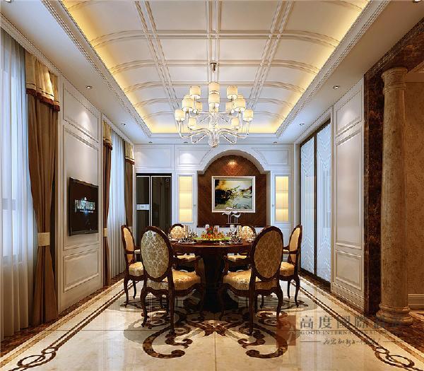 餐厅精致的白色护墙板与古典优雅艺术油画相结合,体现出高品质的家居生活。