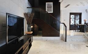 楼梯图片来自石家庄大业美家装饰在元氏天山水榭花都—印象中国风的分享