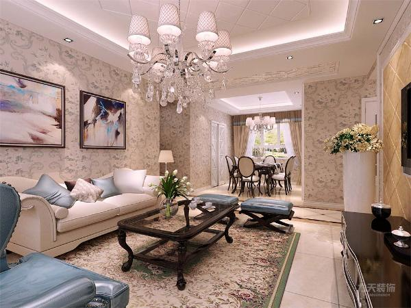 客厅的吊顶设计成为斜拼的样式,增加了空间层次感,壁纸选为花朵样式,使空间更加温馨,电视背景墙也做了设计,斜拼与花样镜面相结合,增加了时尚感
