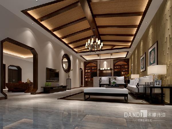 吊顶的形式、材质与空间的形状相结合。平衡屹立、对称中正的陈列方式,在精致现代空间背景下映射着清净和优雅。