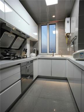 简约 三居 公寓 80后 小资 白领 厨房图片来自高度国际姚吉智在130平米现代简约三居蓝精灵的分享