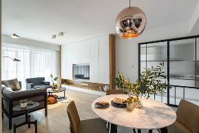 简约 二居 白领 80后 客厅图片来自极装吉住装修在99㎡现代简约风,被朋友赞爆了~的分享