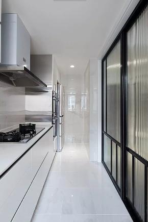 简约 二居 白领 80后 厨房图片来自极装吉住装修在99㎡现代简约风,被朋友赞爆了~的分享