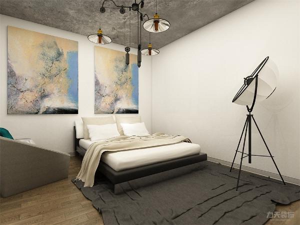 卧室舒适实用,户型方正。阳台与客厅连接在一起,制作成为开放式书房,尽显空间的大气。