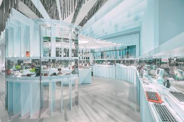 张杺:国内首家高颜值女性科技店