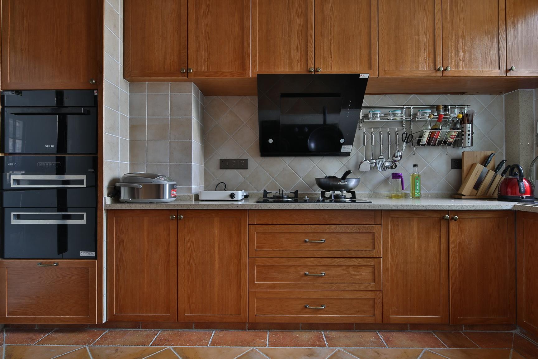 厨房图片来自新浪家居江西站在梵顿公馆的分享