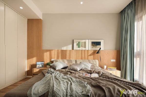 【深圳漾空间设计有限公司】漾设计Young Design——清晨的阳光穿过窗纱温柔的洒进卧室,缠绵得宛如金色的幻境,编织着不愿醒来的梦。