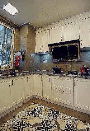 欧式 施工工地 塞纳右岸 嘉和城 114平 厨房图片来自广西品匠装饰集团在塞纳右岸114平简欧装修案例的分享