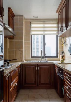 沈阳简美装 沈阳装修 厨房图片来自沈阳瑞家装饰装修工程有限公司在沈阳130平简美风二手房装修的分享