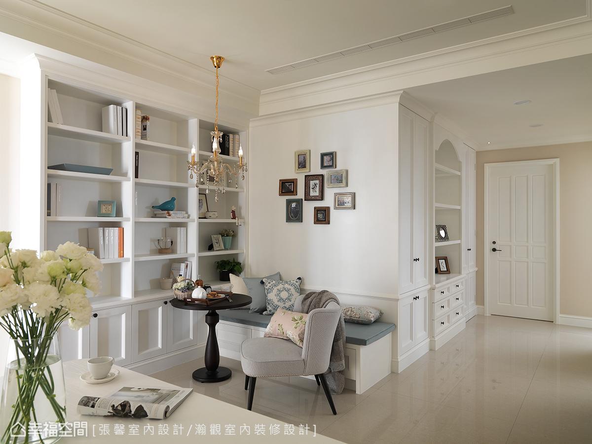 完整运用空间的每一个畸零角落,留白却不留空的设计,让屋主能自行填满更多生活想象。