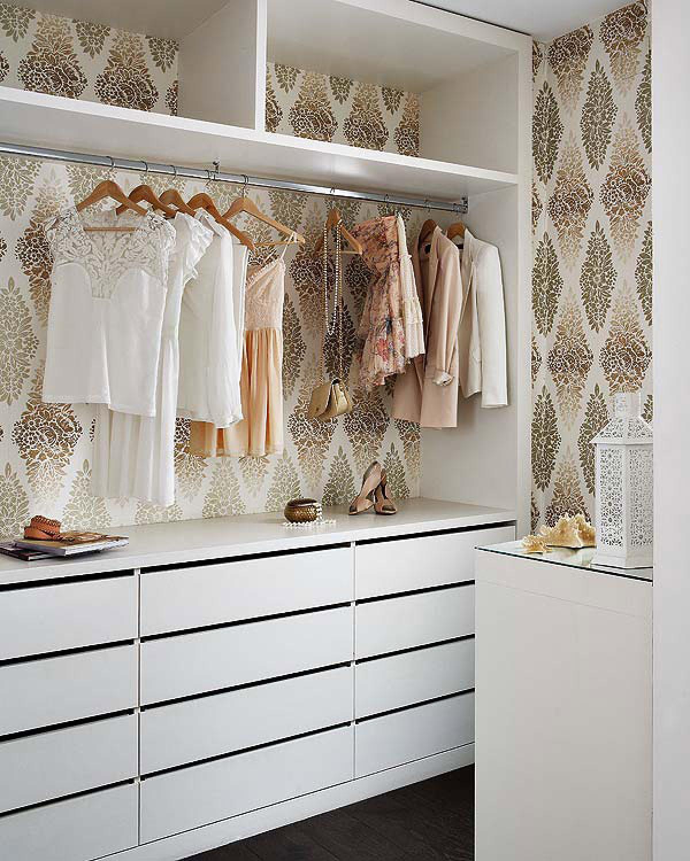 间接的衣柜,容纳不尽衣物。