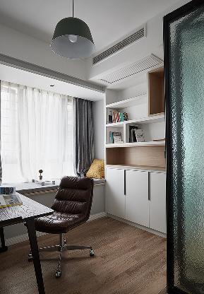 书房图片来自家装大管家在110平北欧混搭3居 不变的是温暖的分享
