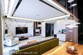 二居 现代 客厅图片来自幸福空间在208平风城絮语的分享