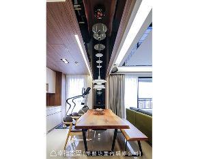 二居 现代 餐厅图片来自幸福空间在208平风城絮语的分享