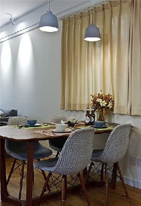 餐厅图片来自家装大管家在高颜值舒适 100平北欧清爽3居室的分享