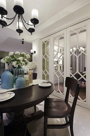 三居 餐厅图片来自唯真装饰在远洋心汉口简美三居室的分享