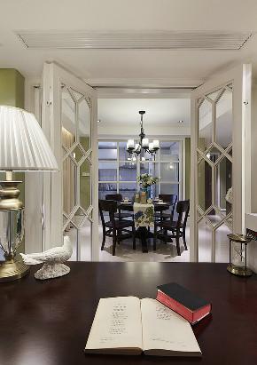 三居 书房图片来自唯真装饰在远洋心汉口简美三居室的分享