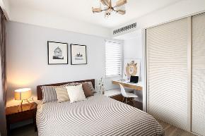 三居 峰光无限 宜家 卧室图片来自我是小样在保利曲江春天里三居100平宜家的分享