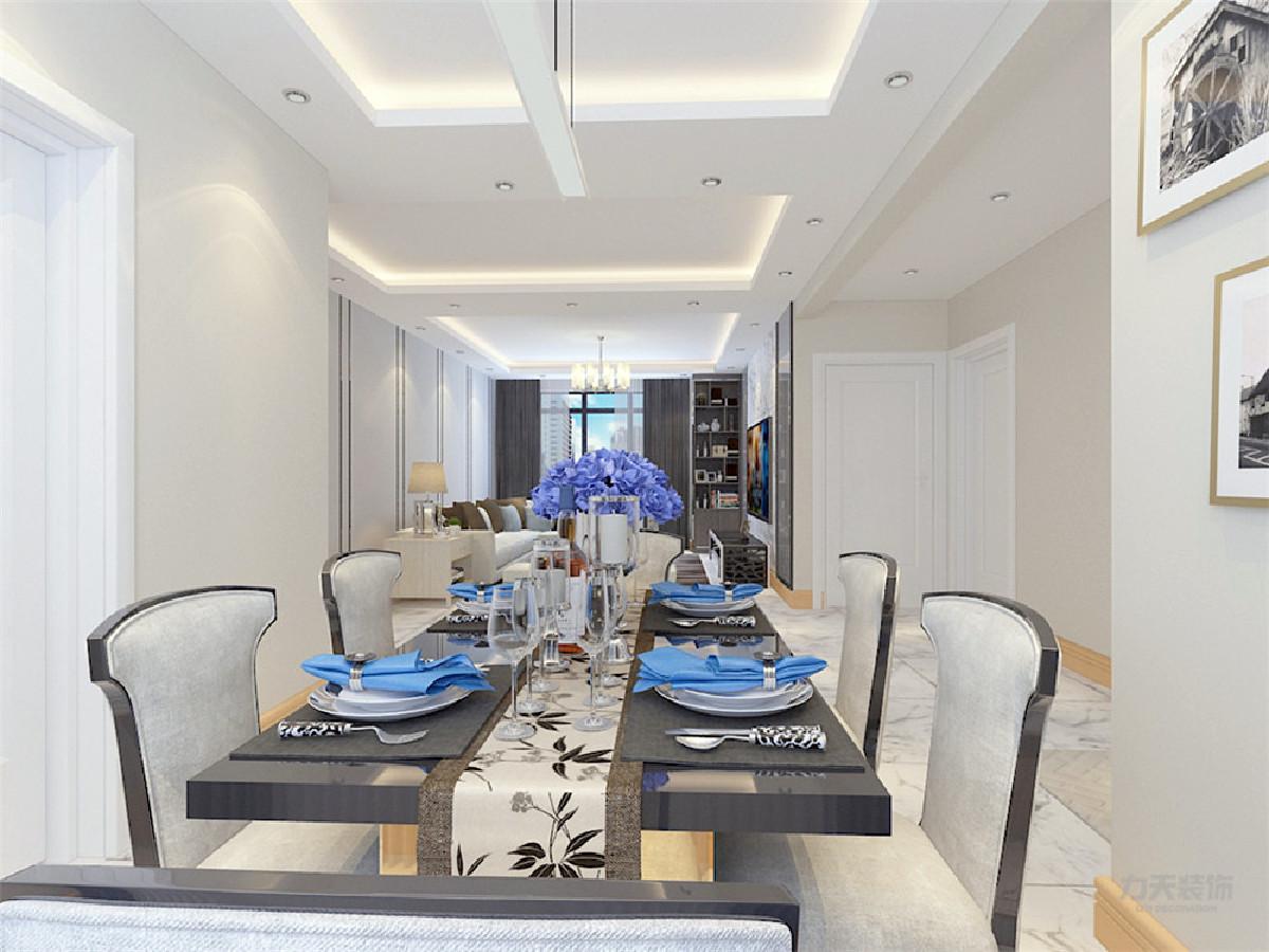 餐厅和客厅放在一个空间里,既节省了空间不浪费,又显得宽敞明亮;客餐厅相对,通铺800*800地砖,通过吊顶划分区域;整个客餐厅都是白灰色为主的现代简约风格家具,洁净大方