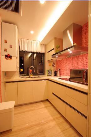 厨房图片来自西安峰光无限装饰在紫境城三居142平现代简约风格的分享