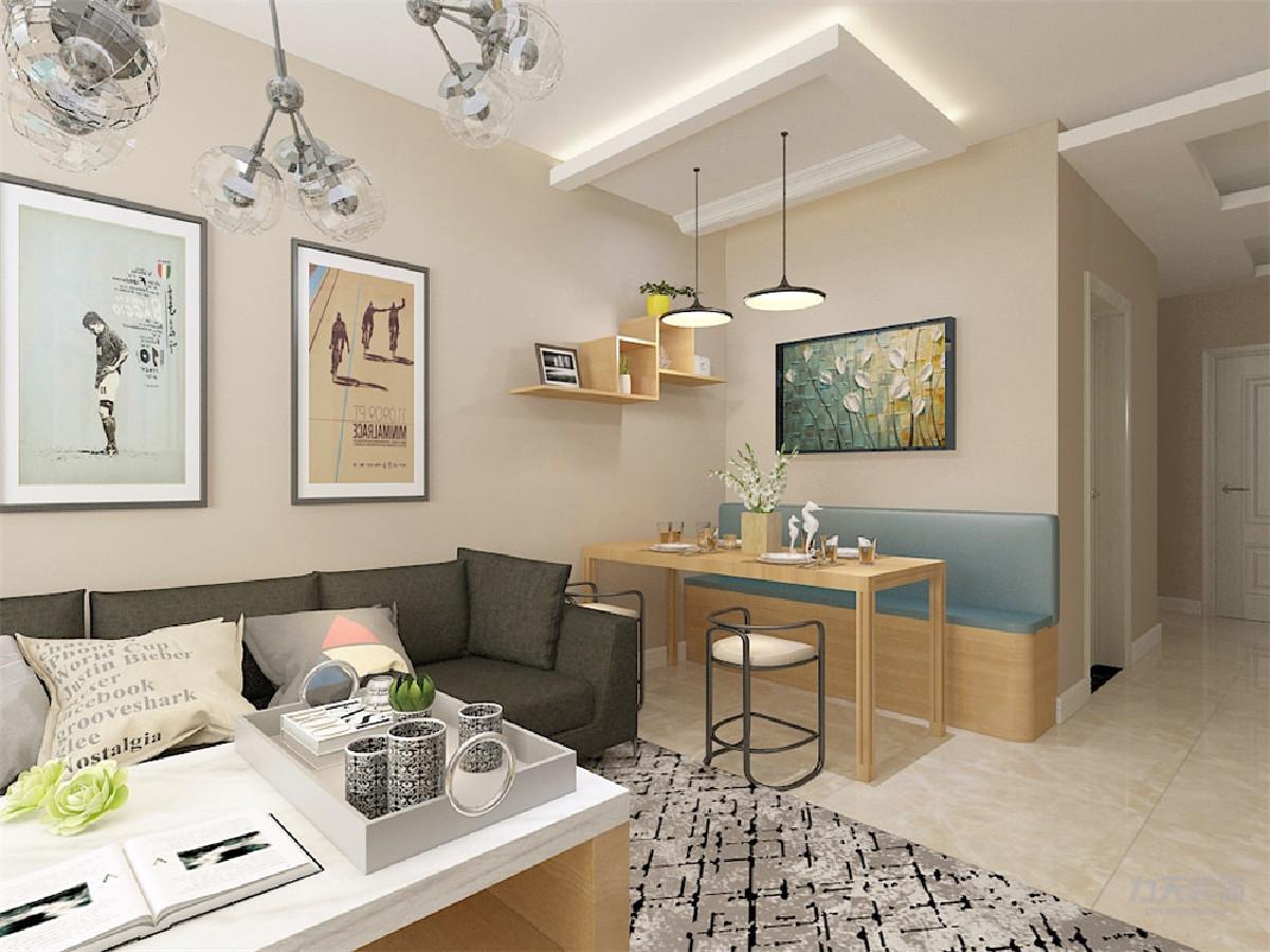 客厅墙面采用暖色调,电视背景墙用彩色竖条纹壁纸,米*