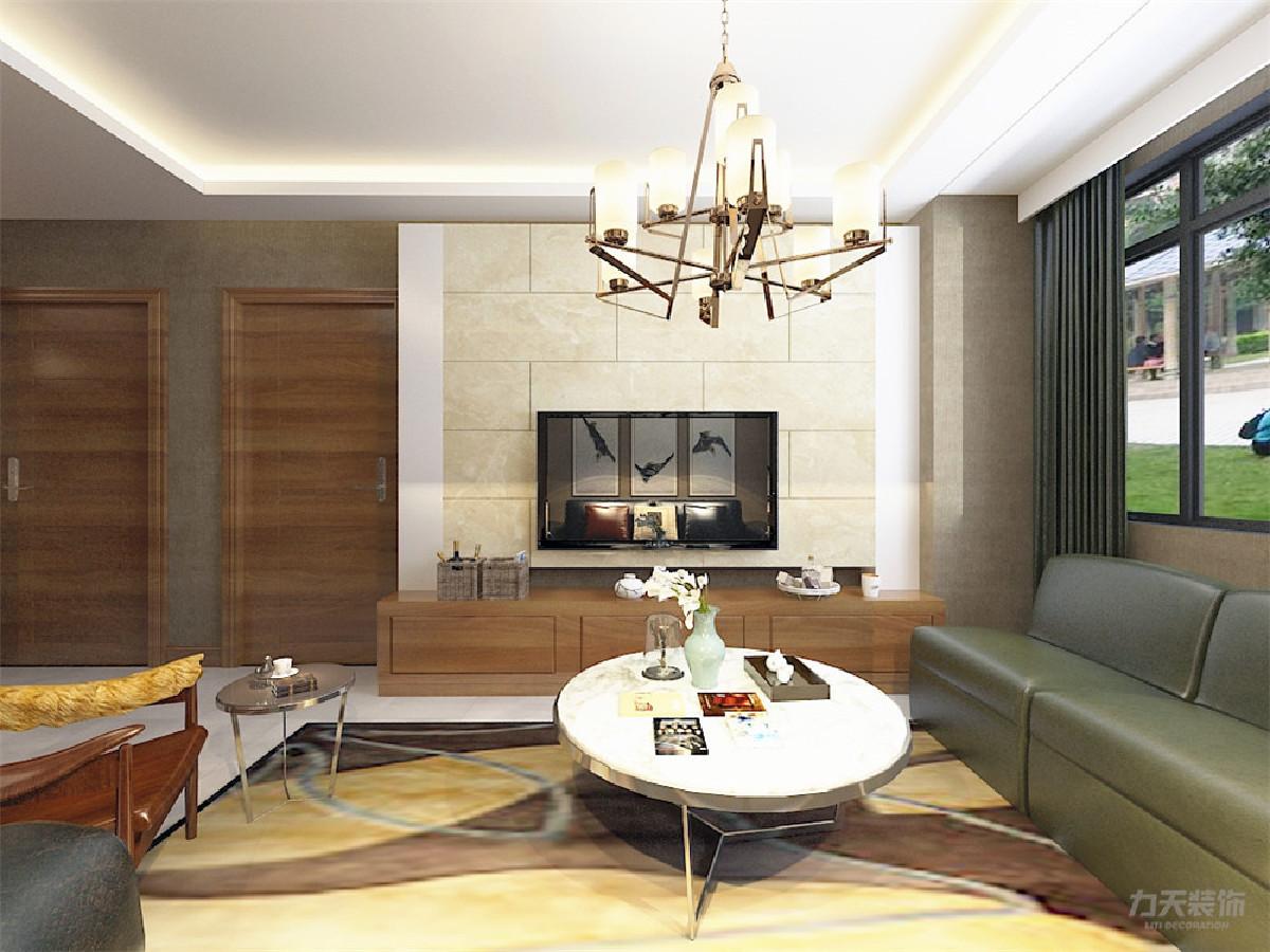 如影视墙、墙上的挂画、沙发上的抱枕、等,搭配相对跳跃的颜色,即美观又简洁,简约不是简单