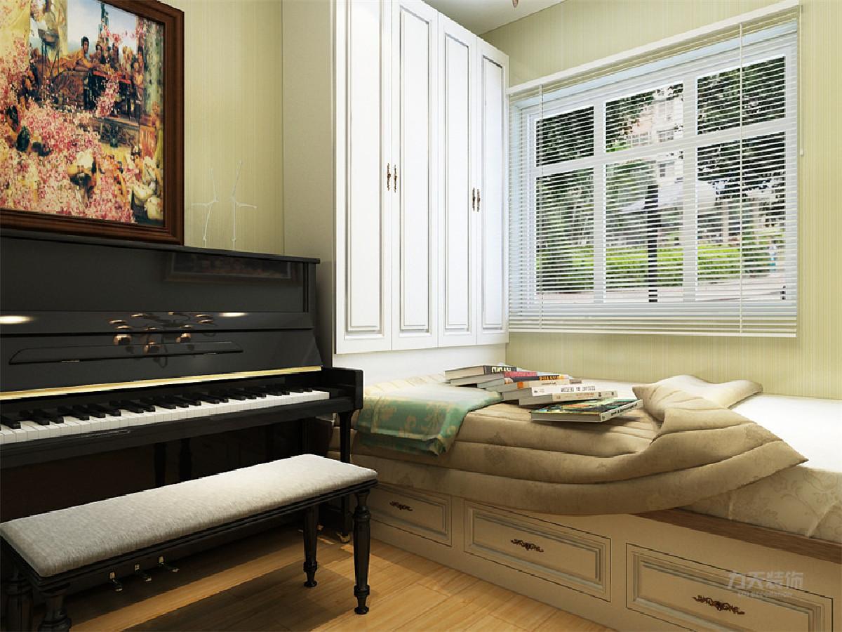 白、黄、等相对跳跃艳丽的色彩提升感观刺激通过反射结构装饰线来拓宽视觉感及表现光与影的和谐。适合想从繁忙工作中解脱出来,不愿花许多心思打理房间、享受简单生活的人。