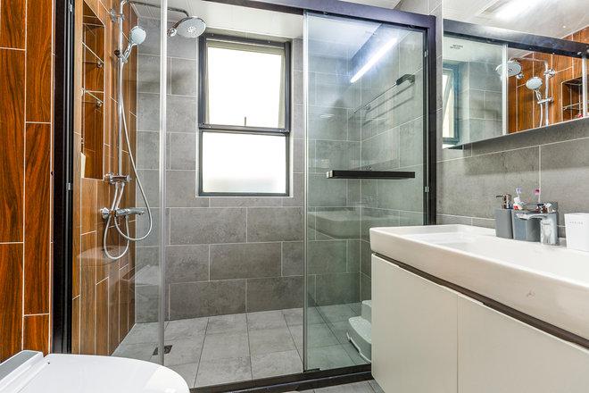 三居 卫生间图片来自金煌装饰有限公司在两房两厅北欧风情的分享