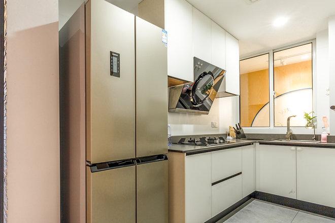 三居 厨房图片来自金煌装饰有限公司在两房两厅北欧风情的分享