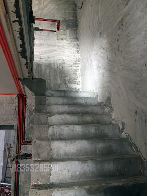 德郡别墅 实创装饰 青岛装修 楼梯图片来自实创装饰集团青岛公司在银盛泰德郡二期230平装修的分享