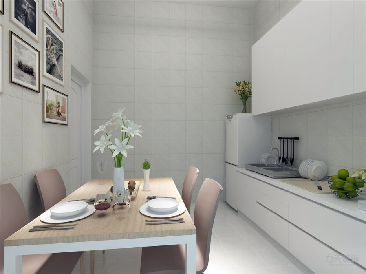 餐厅的面积适中在厨房内,合理规划尺寸