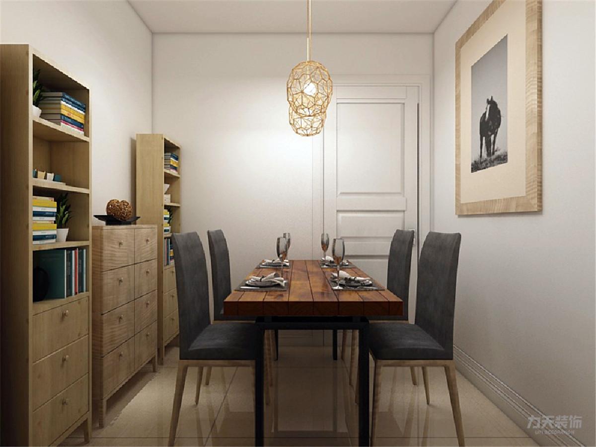 墙漆采用白色乳胶漆,显得整个空间简单又大方。沙发背景墙上悬挂了置物架,放置装饰品作为点缀