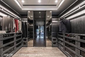 三居 现代 大户型 衣帽间图片来自幸福空间在从客变做起 231平现代奢华美学的分享