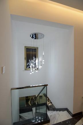 简约 混搭 别墅 白领 收纳 80后 小资 楼梯图片来自圣奇凯尚室内设计工作室在圣奇凯尚装饰—然·LOVE之融的分享