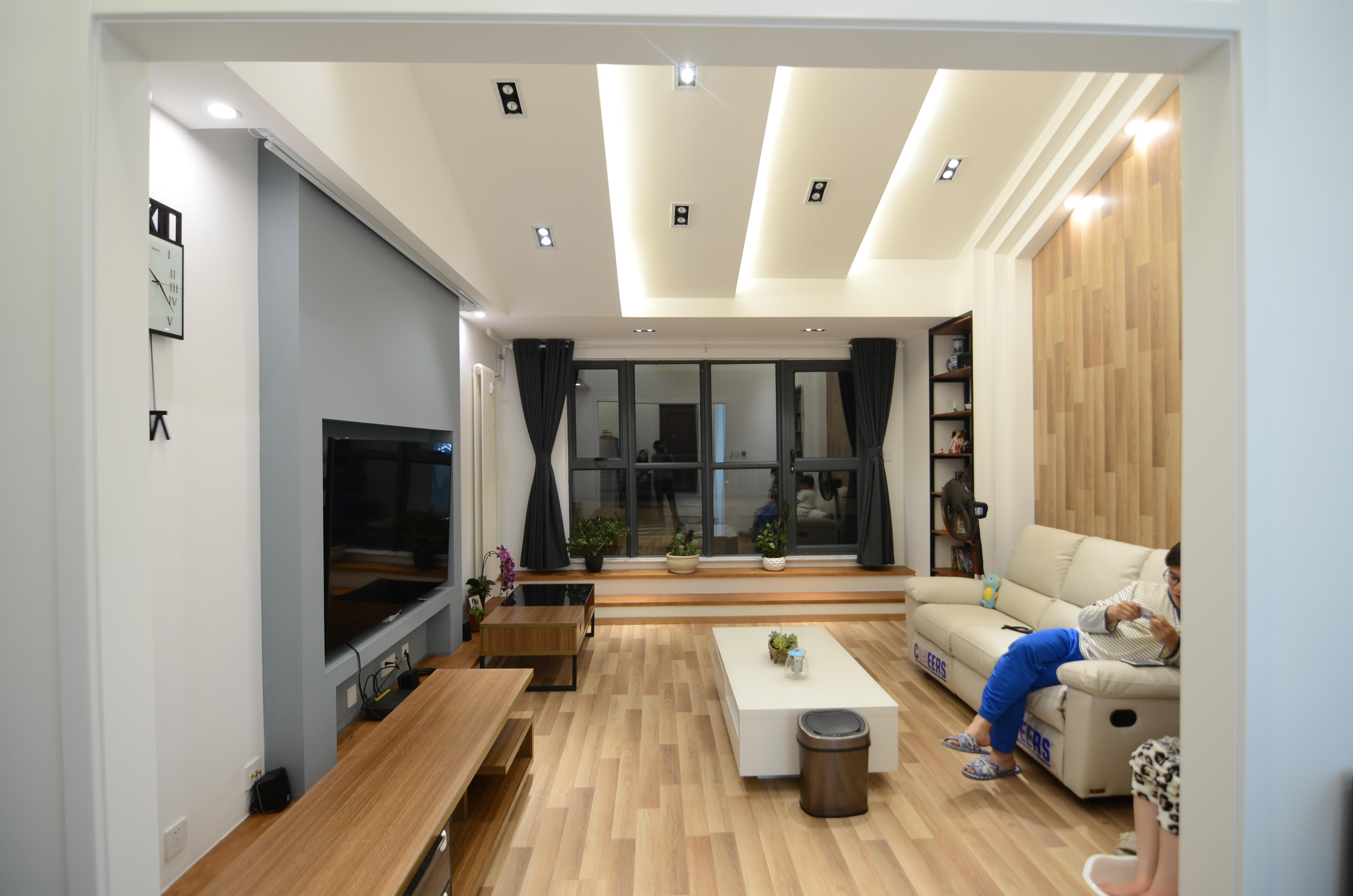 简约 混搭 别墅 白领 80后 小资 收纳 客厅图片来自圣奇凯尚室内设计图片