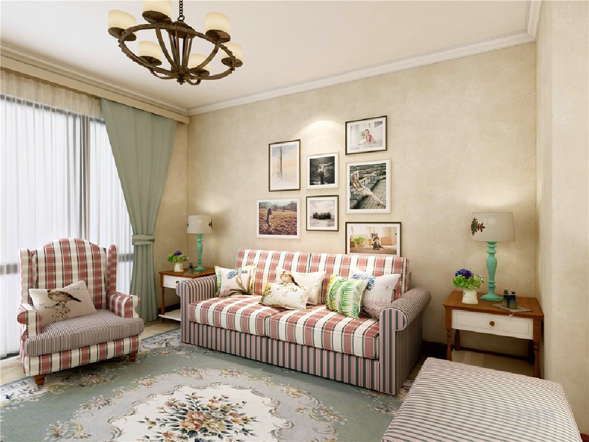 客厅作为待客区域,要明快光鲜,用石膏板电视墙实用美观,使整体上有一种宽敞而富有现代时尚气息。 墙面采用暖色壁纸,这样使视觉上具有层次感,色彩也更加温馨舒适。