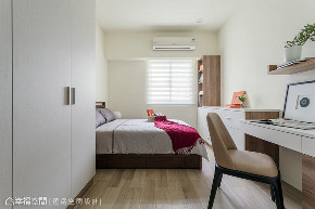 三居 北欧 旧房改造 卧室图片来自幸福空间在老屋化身83平北欧小豪宅的分享