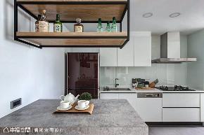 三居 休闲 旧房改造 厨房图片来自幸福空间在99平旧国宅变新房 成家立业宅的分享