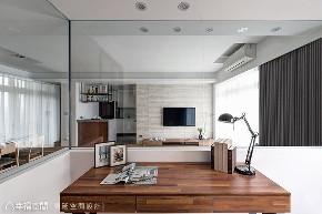 三居 休闲 旧房改造 书房图片来自幸福空间在99平旧国宅变新房 成家立业宅的分享
