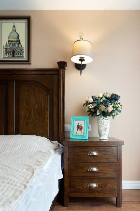 融景城样板 休闲小美式 重庆唐卡 唐卡装饰 唐卡样板间 现代美式 卧室图片来自黄丑丑99在融景城——休闲小美式的分享