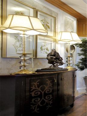 欧式 三居 大户型 白领 80后 小资 收纳 玄关图片来自高度国际姚吉智在140平米欧式骨子里的优雅与尊贵的分享