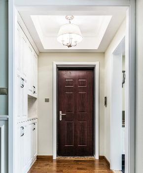 玄关图片来自家装大管家在一抹绿色 98平清新美式雅致空间的分享