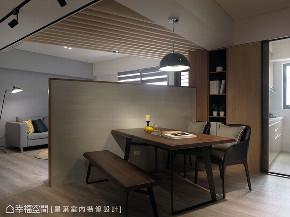 旧房改造 跃层 四居 餐厅图片来自幸福空间在132平跃层 老屋翻出开阔新视野的分享