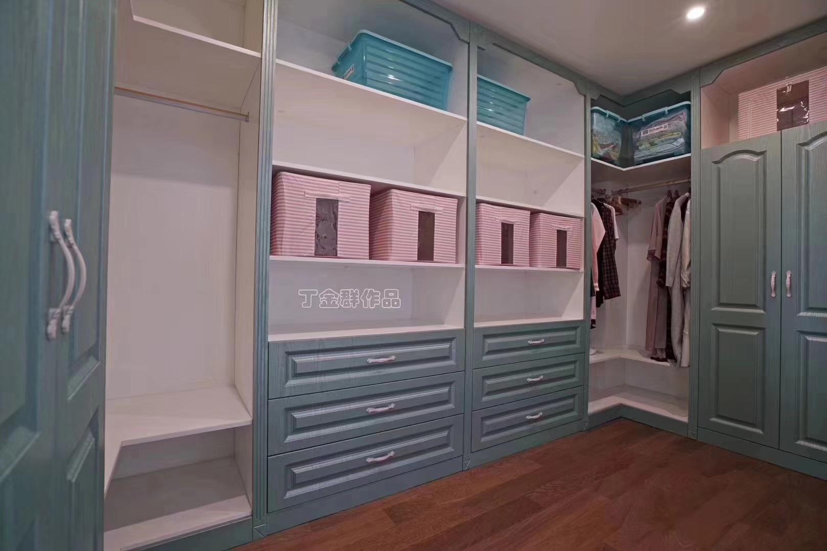 别墅 衣帽间图片来自金煌装饰有限公司在大女主时代简欧风格的分享