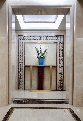 新古典 现代 四居室 奢华 高贵 玄关图片来自广州名雕装饰在中海千灯湖一号实景:简约而高贵的分享