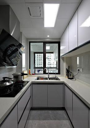 厨房图片来自家装大管家在美观舒适 139平现代大气风3居室的分享