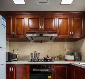 欧式 混搭 三居 白领 收纳 80后 小资 厨房图片来自鸿扬家装武汉分公司在广电兰亭的分享